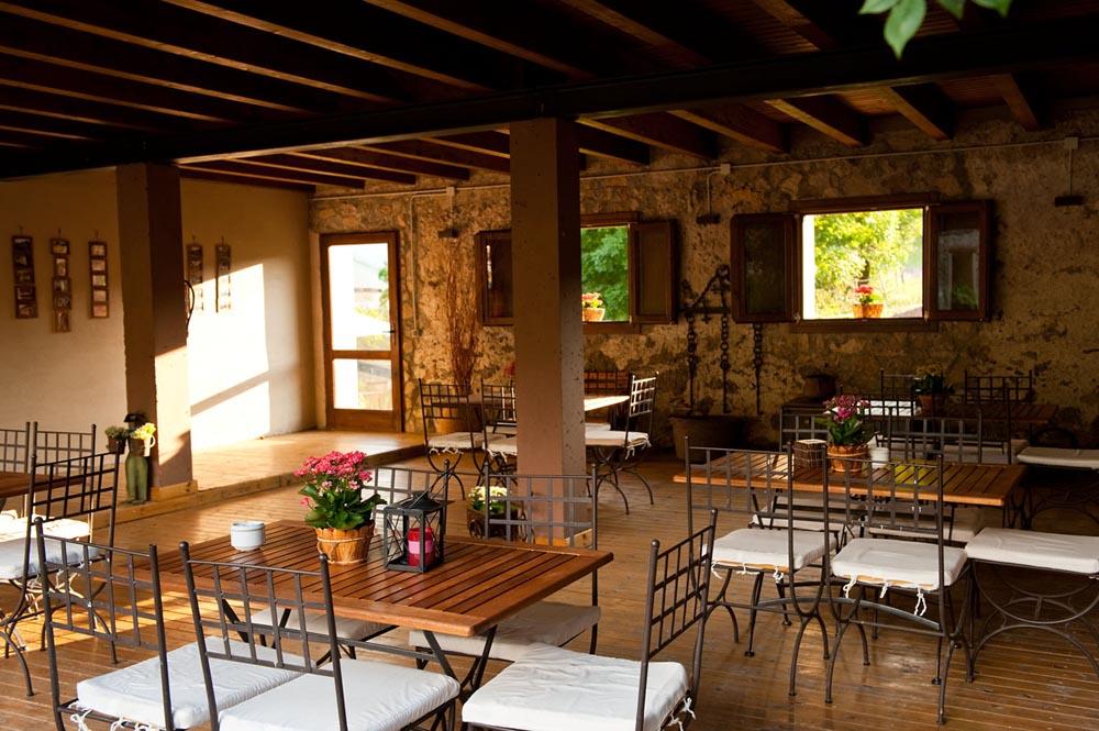 http://casadelbatlle.com/wp-content/uploads/2016/03/Casa-del-Batlle-La-Era-12.jpg