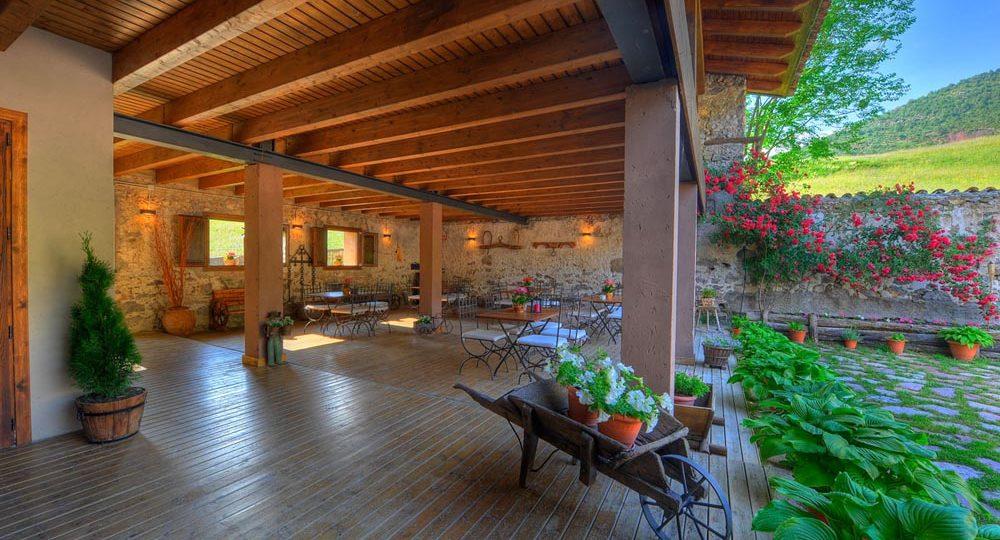 http://casadelbatlle.com/wp-content/uploads/2016/03/Casa-del-Batlle-La-Era-2-1000x540.jpg